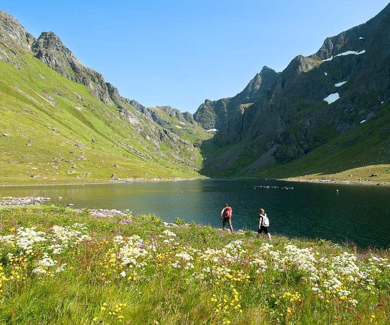 An Athletic Trek in the South of the Lofoten Islands